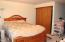 2440 NE 36th Dr, Lincoln City, OR 97367 - Master Suite