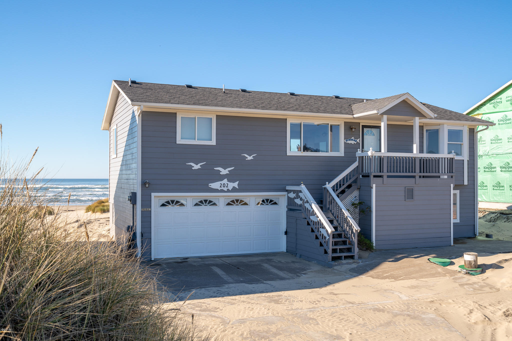202 NW Oceania Dr, Waldport, OR 97394