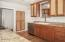 3009 NW Port Dr., Lincoln City, OR 97367 - Designer Kitchen
