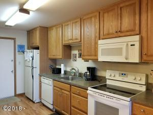 301 Otter Crest Dr, #234-5 1/8th Share, Otter Rock, OR 97369 - Kitchen Unit 234