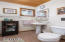 2725 NW Neptune Ave, Lincoln City, OR 97367 - Bathroom 2