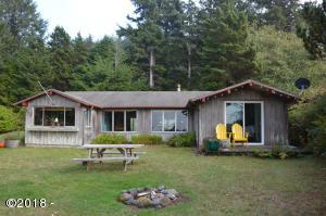 820 SW Coast Ave, Depoe Bay, OR 97341