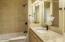 49006 U.s. 101 S, D, Neskowin, OR 97149 - Updated Bathrooms