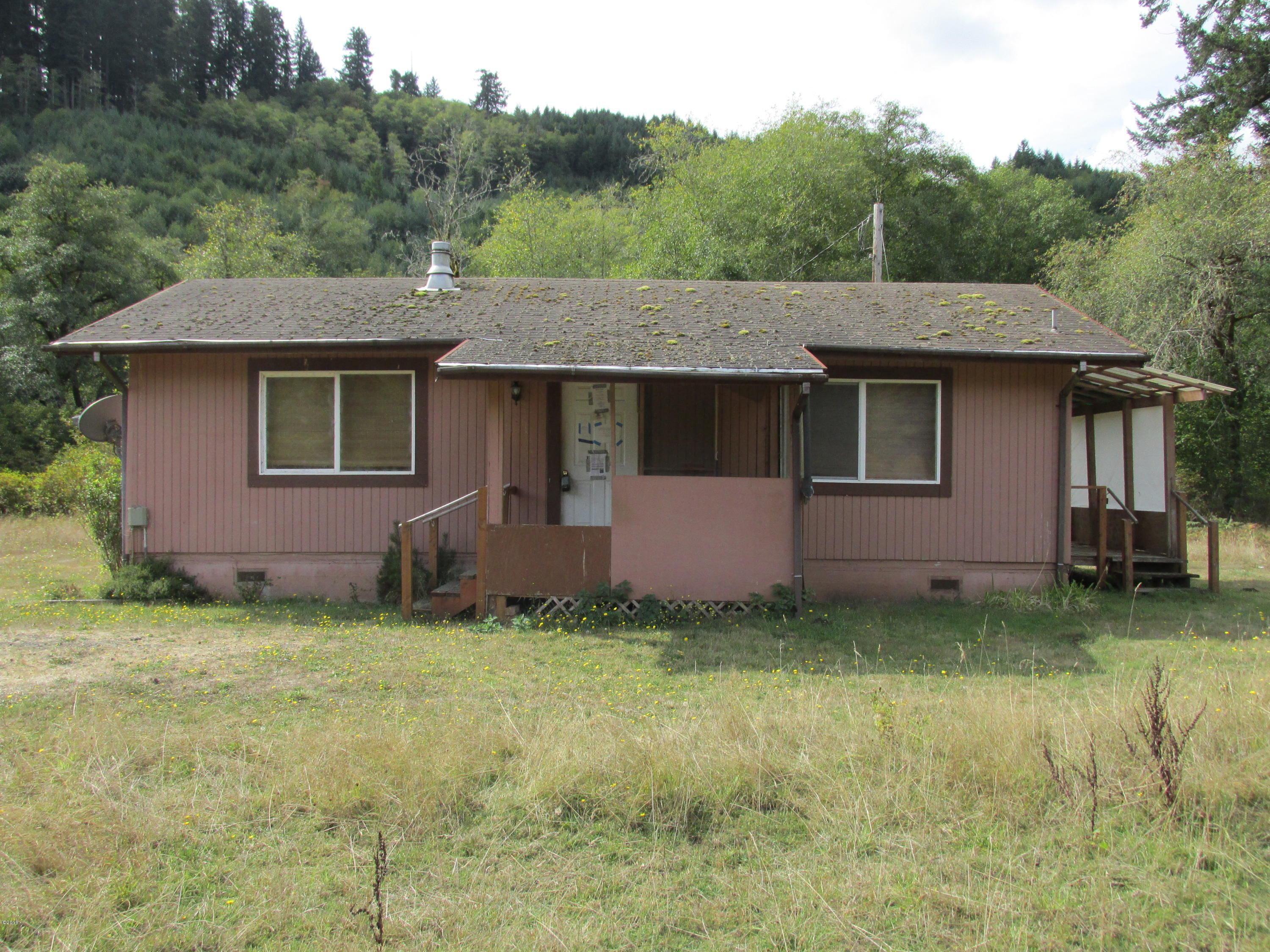 480 E Buck Creek Rd, Tidewater, OR 97390 - Front of house