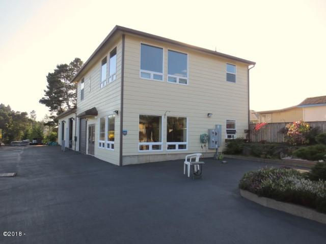 1424 SE 9th Street, Lincoln City, OR 97367 - Exterior