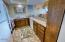 833 SW 13th St, Newport, OR 97365 - Kitchen