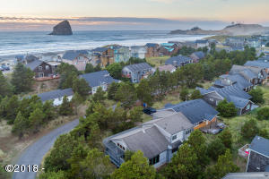 34375 Sea Swallow Drive, Pacific City, OR 97135 - Pacific City Beach house