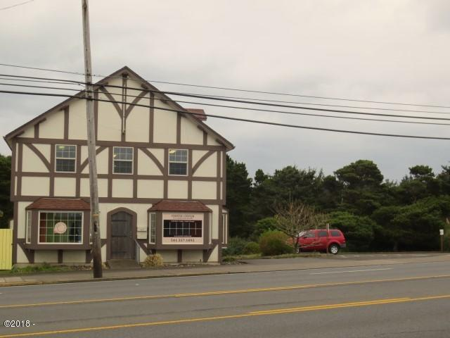 412 SE Hwy 101, Lincoln City, OR 97367 - HWY Exterior
