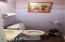 155 N Main St, Toledo, OR 97391 - Interior 34 Bathroom 2