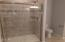 1275 SE 41st St, Lincoln City, OR 97367 - Step in shower
