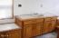 3827 Yaquina Bay Rd, Newport, OR 97365 - Main bath