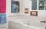 1835 NE 18th St., Lincoln City, OR 97367 - Jetted Spa Tub