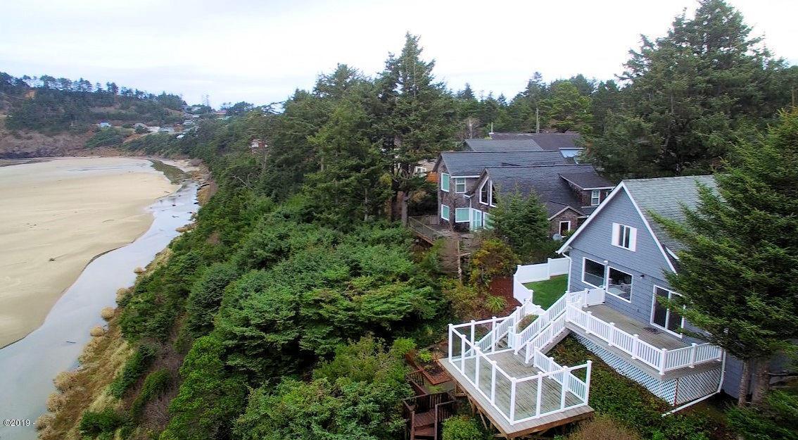 4301 NW Cherokee Ln., Newport, OR 97365 - Ocean Front Home