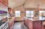 4301 NW Cherokee Ln., Newport, OR 97365 - Kitchen