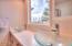4301 NW Cherokee Ln., Newport, OR 97365 - Guest Bathroom #2