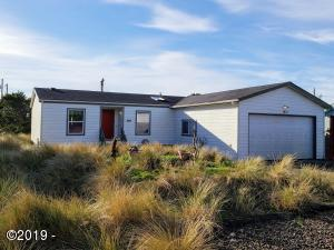 1801 NW Marlin St, Waldport, OR 97394