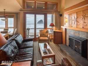 33000 Cape Kiwanda Dr Unit 9 Wk 29, Pacific City, OR 97135 - Oceanfront living