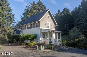 2087 NE 56th Dr, Lincoln City, OR 97367