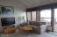 4111 SW Hwy 101, #8, Lincoln City, OR 97367 - Living Roomn