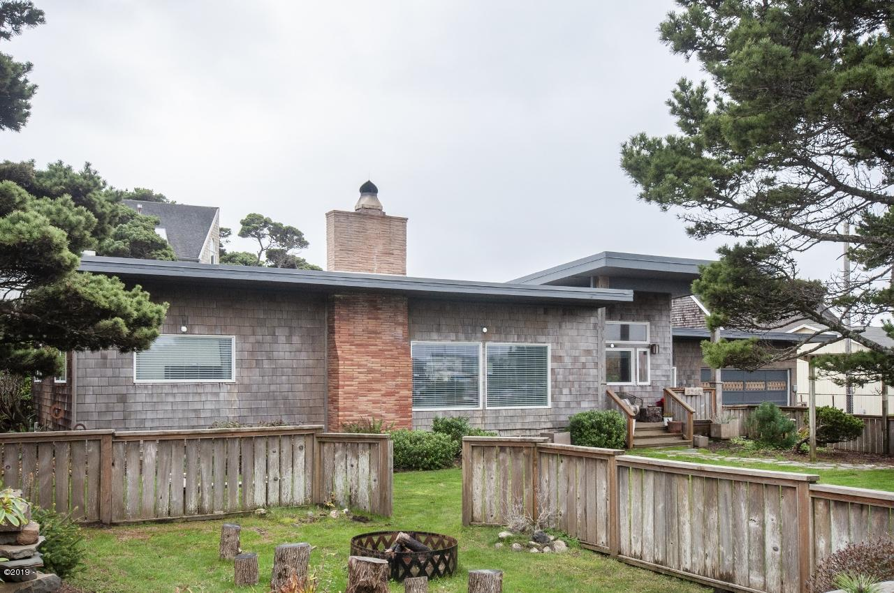 1510 NW 28th St, Lincoln City, OR 97367 - Exterior - View 4 (1280x850)