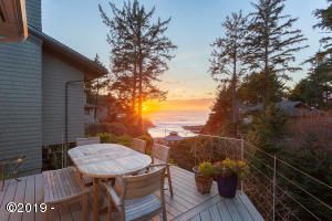 , Depoe Bay, OR 97341 - Private deck overlooking the Cove