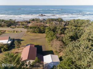 11221 NW Pacific Coast Hwy, Seal Rock, OR 97376
