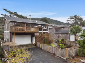17695 Ocean Blvd, Rockaway Beach, OR 97136 - Home