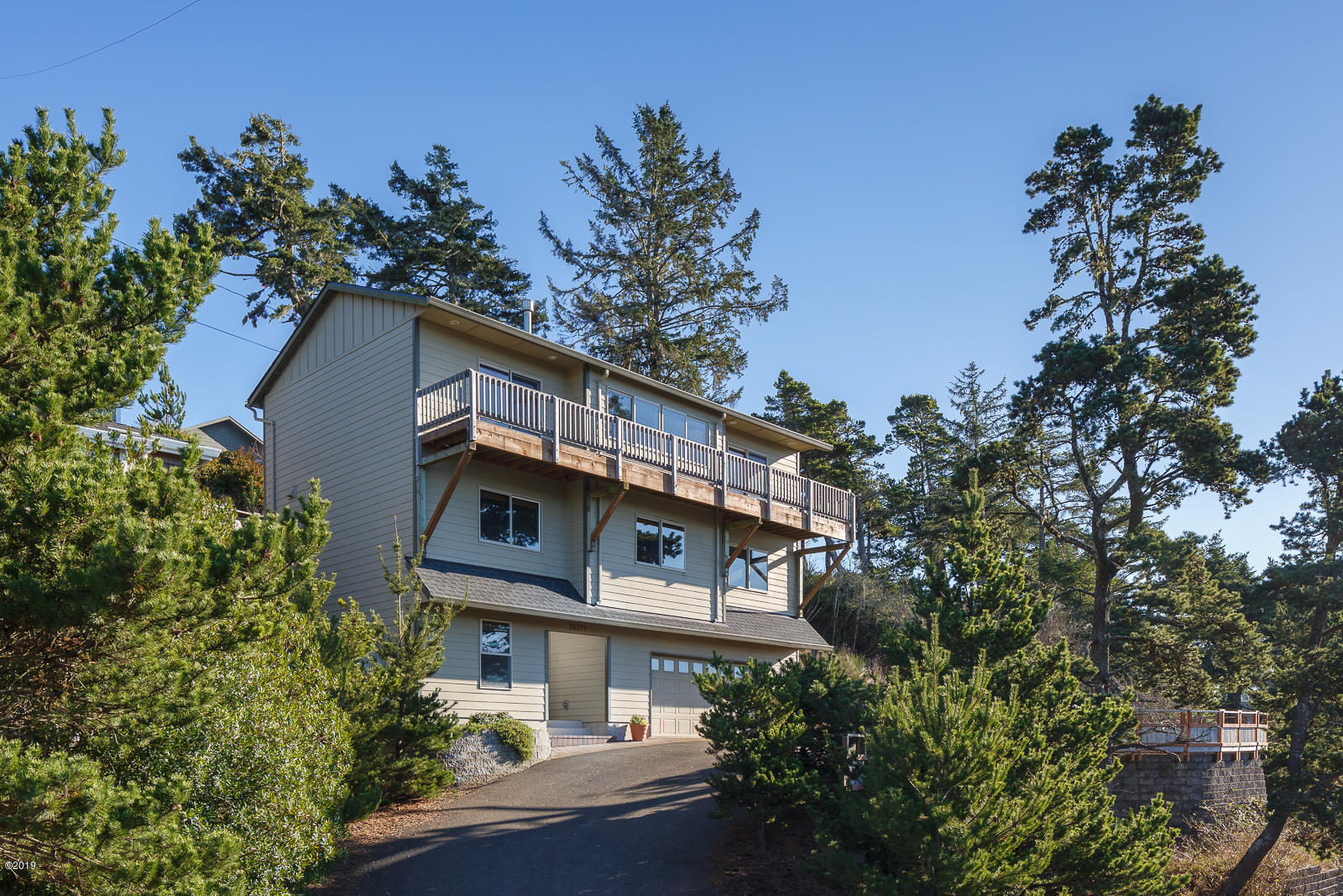 35371 6th St, Pacific City, OR 97135 - Exterior