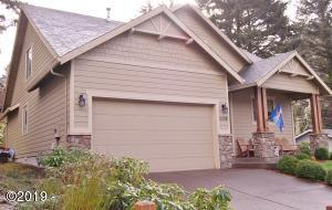 2308 NE 36th Dr, Lincoln City, OR 97367 - Front