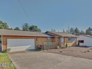 1809 NW Oceanview Dr, Waldport, OR 97394 - 1809 NW Oceanview Drive_02_MLS