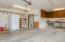1530 SW Fairway Dr, Waldport, OR 97394 - Garage