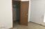 197 S Wells Dr, Lincoln City, OR 97367 - Master Bedroom Walkin closet