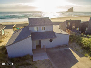 34620 Ocean Dr., Pacific City, OR 97135 - oceanfront