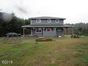 94420 Anthony Dr, Gold Beach, OR 97444 - Front