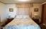 4239 SW Highway 101, 16, Lincoln City, OR 97367 - Bedroom