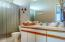 302 NW Oceania Dr, Waldport, OR 97394 - Master Ensuite