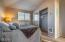 302 NW Oceania Dr, Waldport, OR 97394 - Guest Room