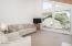 121 W Bay Point Rd, Gleneden Beach, OR 97388 - Living Room - View 2 (1280x850)