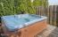 1431 SW Harbor Ave, Lincoln City, OR 97367 - Hot Tub (1280x850)