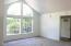 5338 NE Port Ln, Lincoln City, OR 97367 - Living Room