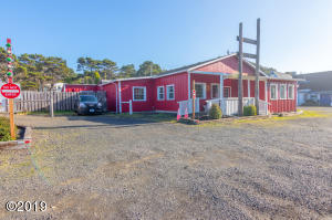 10181 NW PACIFIC COAST HWY, Seal Rock, OR 97376