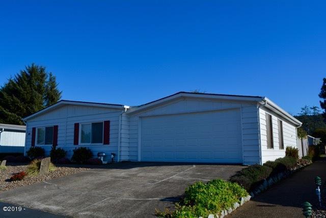 3346 NE Benton St, Newport, OR 97365