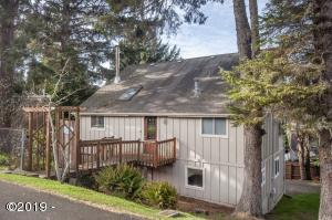 2941 NW Port Ave., Lincoln City, OR 97367 - Exterior