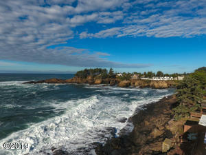 116 US-101, Depoe Bay, OR 97341
