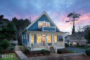 550 SW 28th St, Lincoln City, OR 97367 - Twilight