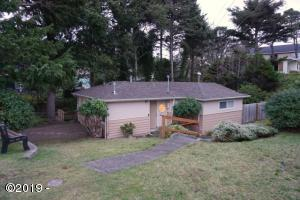 2340 NW Jetty Avenue, Lincoln City, OR 97367 - Updated Exterior-New Roof