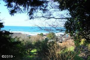 6800 BLK NE Neptune Drive, Lincoln City, OR 97367 - West View