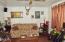 2020 NE Hwy 101, Lincoln City, OR 97367 - Unit 5 living room