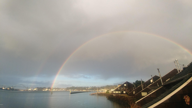 1000 SE Bay Blvd, L-2 444, Newport, OR 97365 - Embarcaadero Rainbow