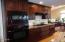 424 SW Cliff St, Depoe Bay, OR 97341 - Gourmet Kitchen